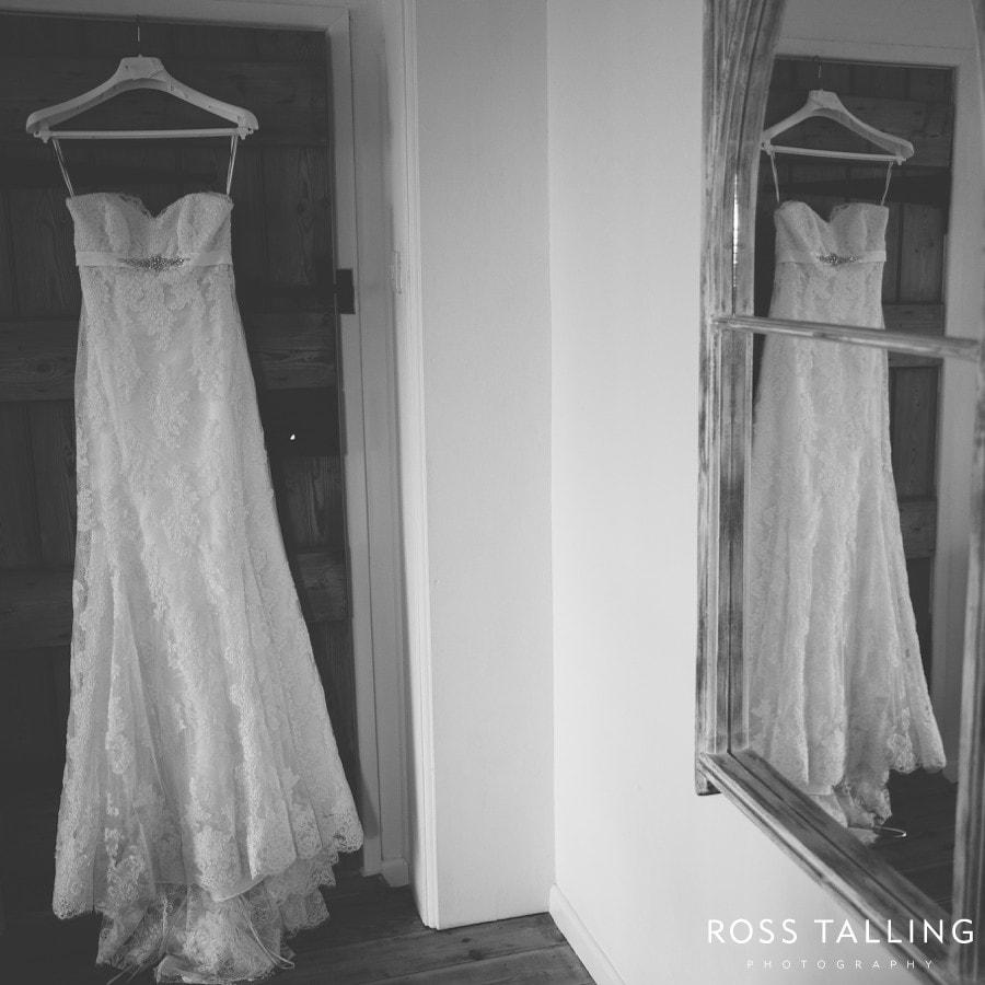 Minack Porthcurno Beach Wedding Photography_0007