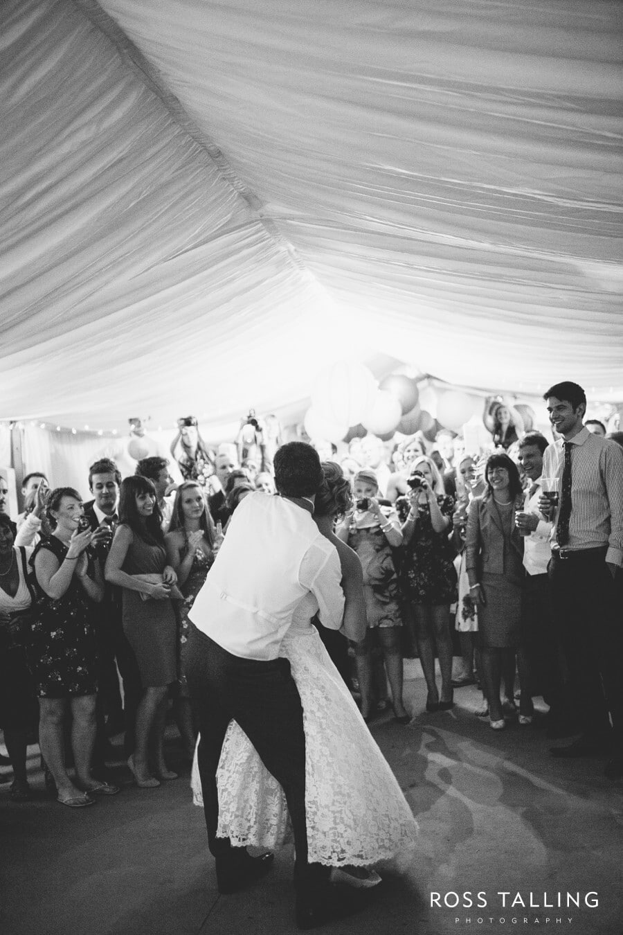 Wedding Photography Cornwall Polkerris Beach by Ross Talling Hollie & George_0120