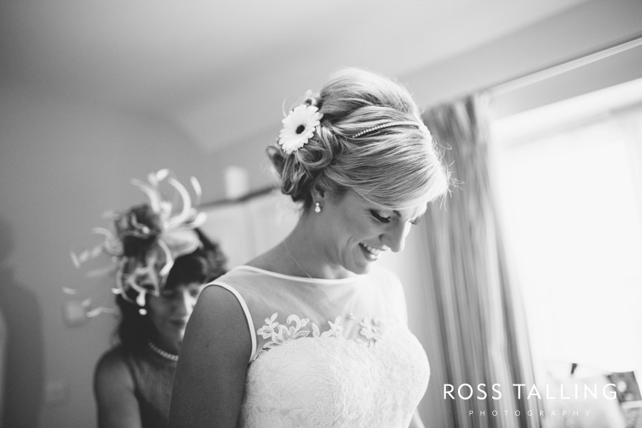 Wedding Photography Cornwall Polkerris Beach by Ross Talling Hollie & George_0016