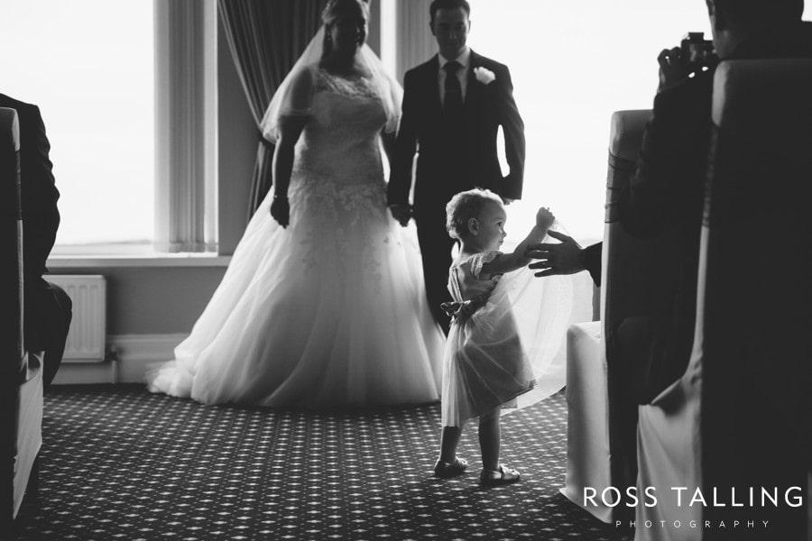 Carlyon Bay Hotel Wedding Photography Cornwall - Laura & Adam_0042