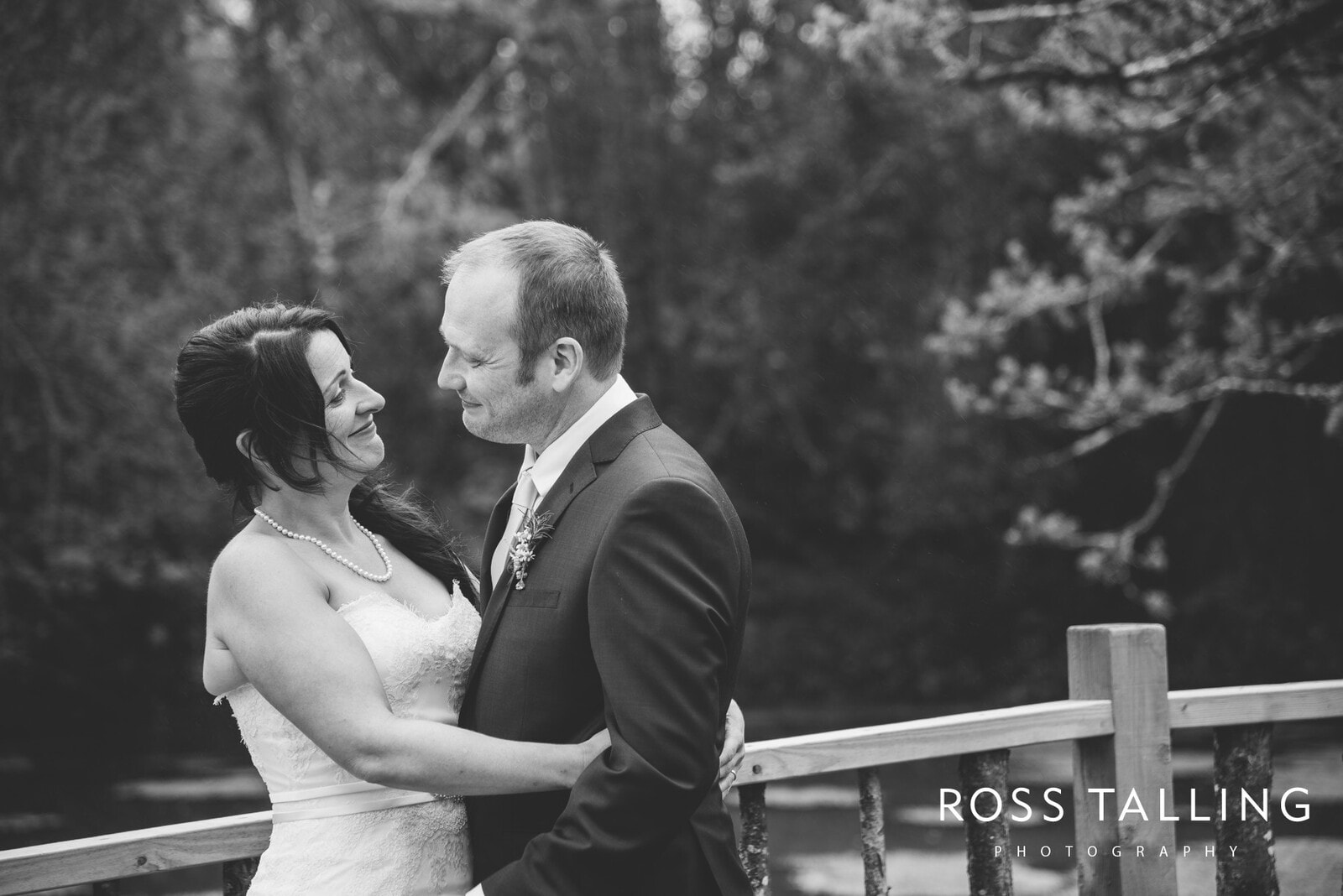 Nancarrow Farm weddingphotography cornwall Cally & Dave_0051
