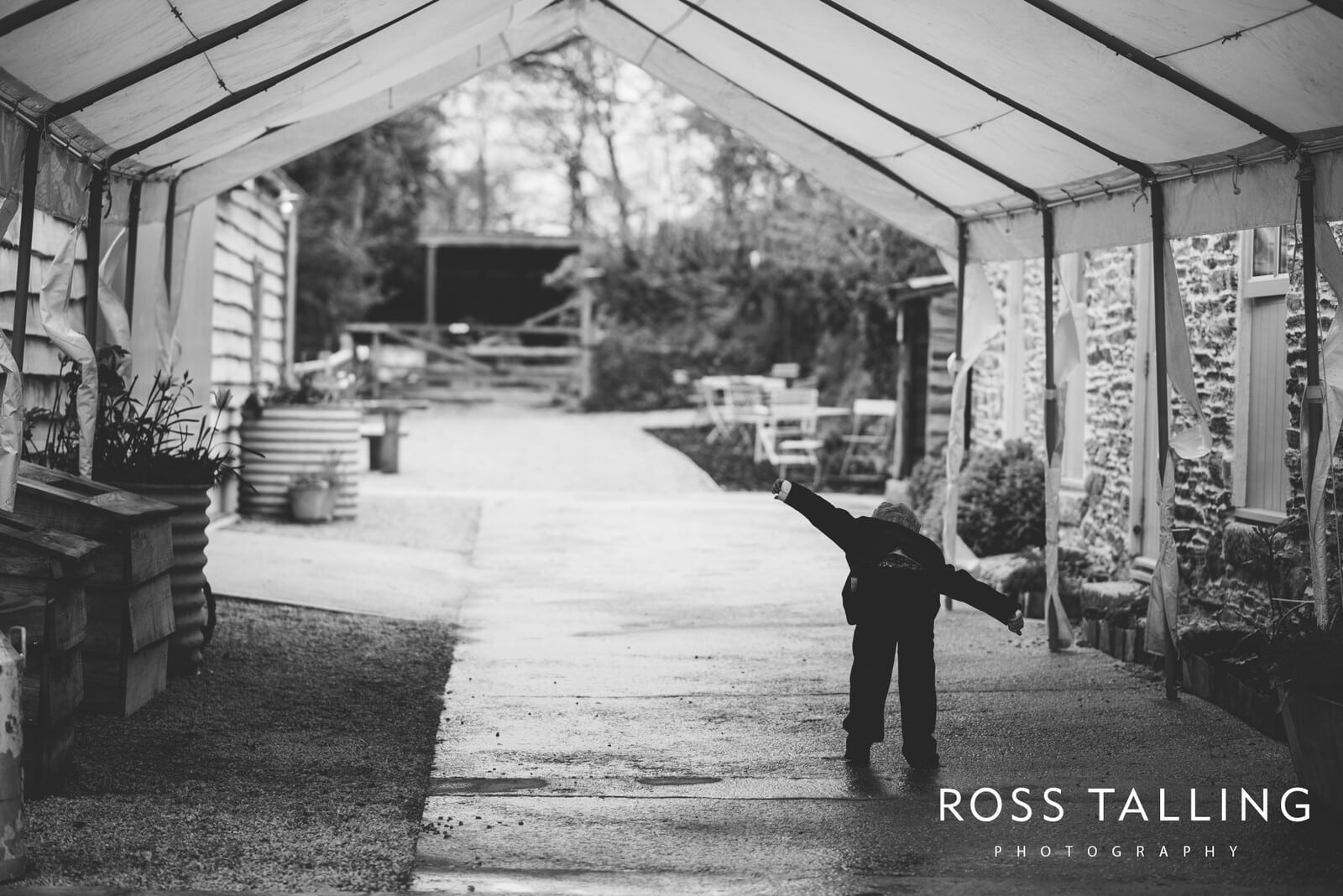 Nancarrow Farm weddingphotography cornwall Cally & Dave_0034