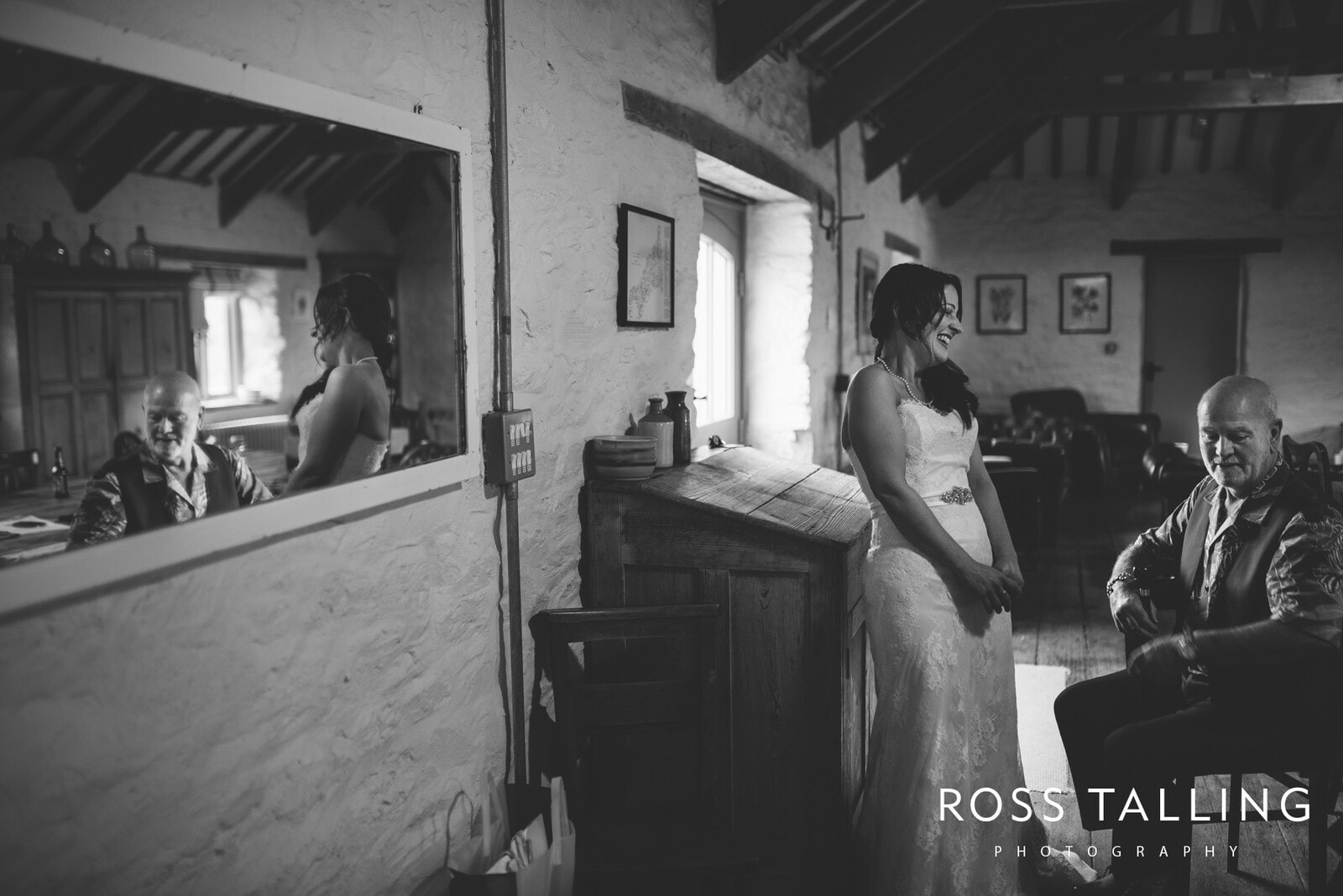 Nancarrow Farm weddingphotography cornwall Cally & Dave_0009