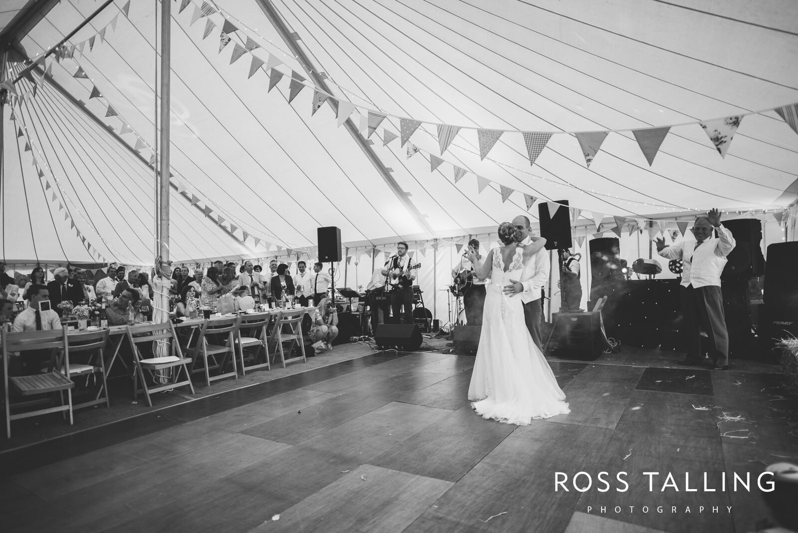 Wedding Photography Cornwall - Laura and Aron_0147