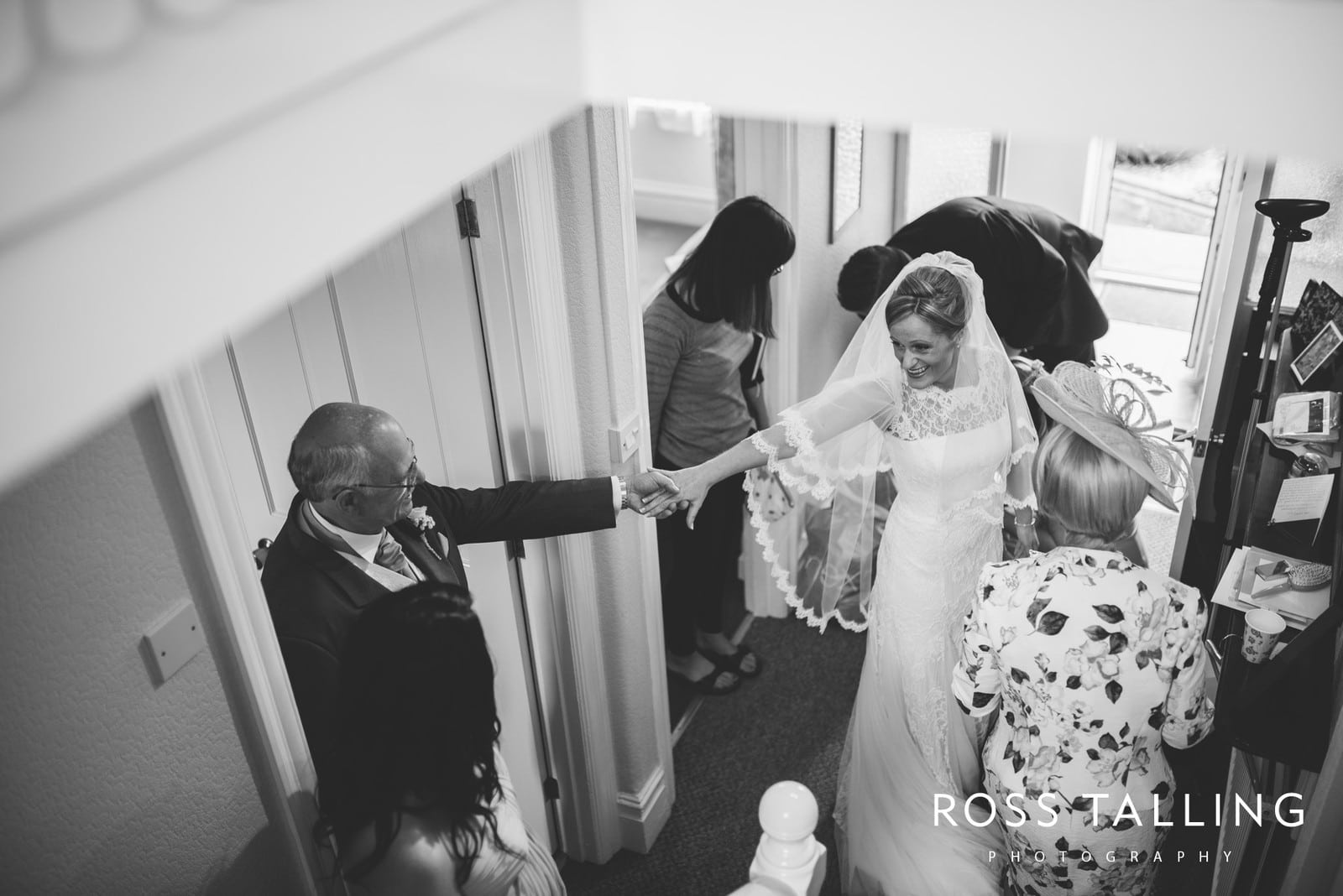 Wedding Photography Cornwall - Laura and Aron_0023