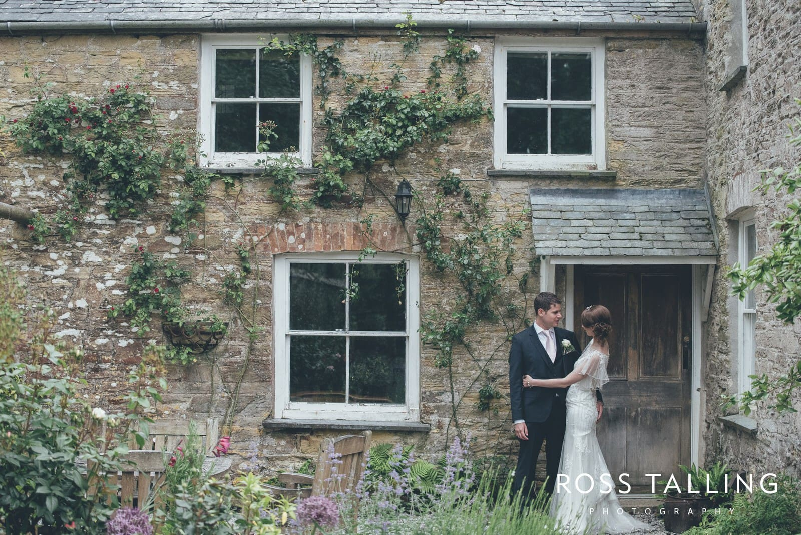 Wedding Photography Cornwall - Nancarrow Farm - Jess & Dave_0108