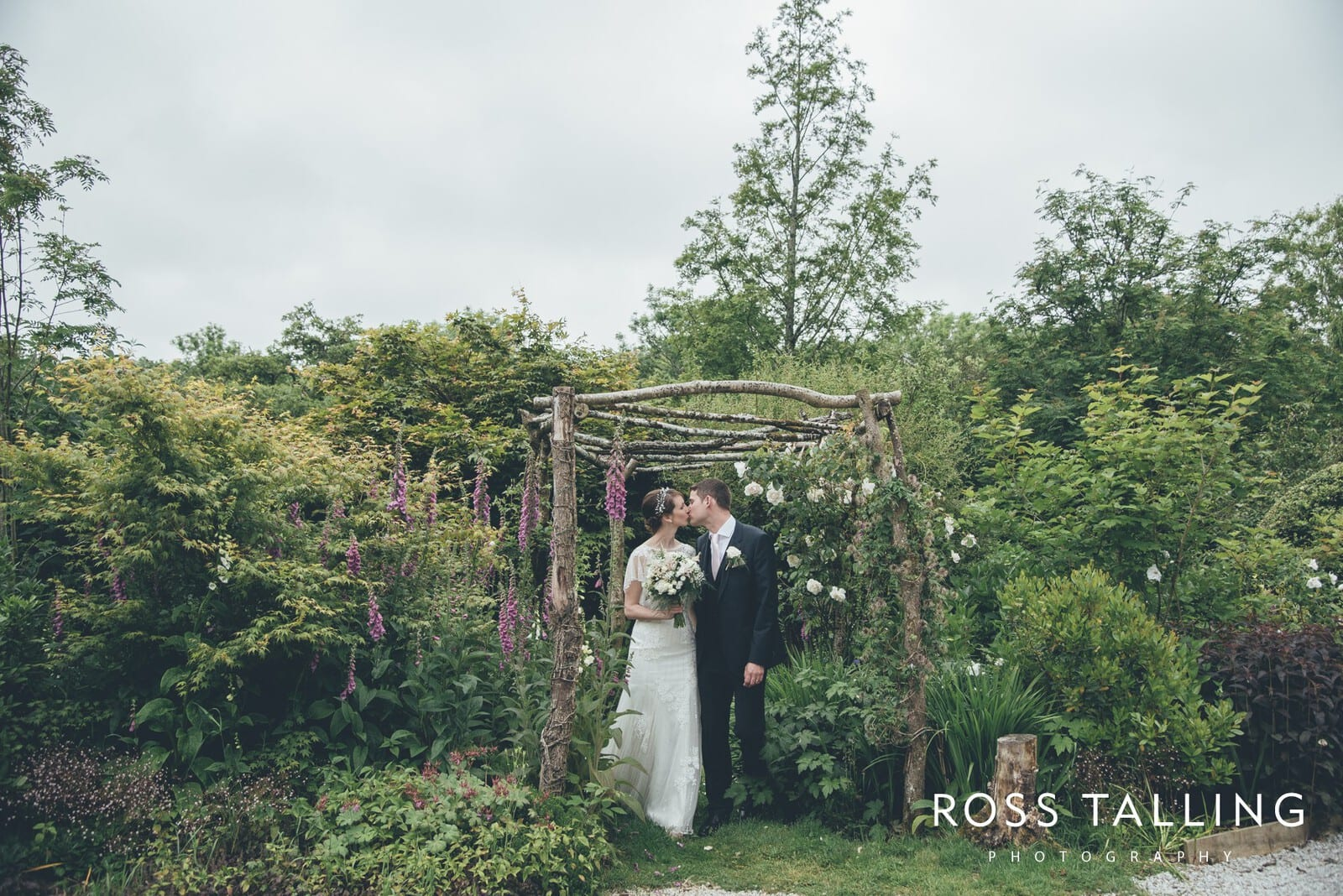 Wedding Photography Cornwall - Nancarrow Farm - Jess & Dave_0102