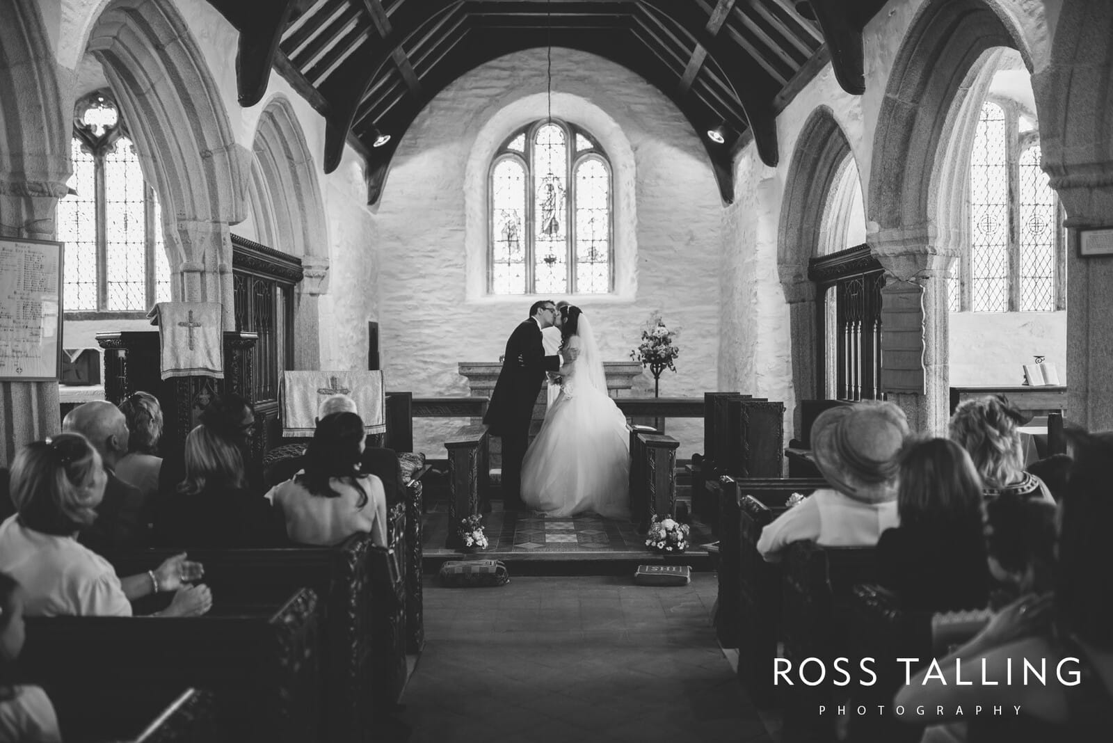 Wedding Photography Cornwall - Sharon & Byron_0033