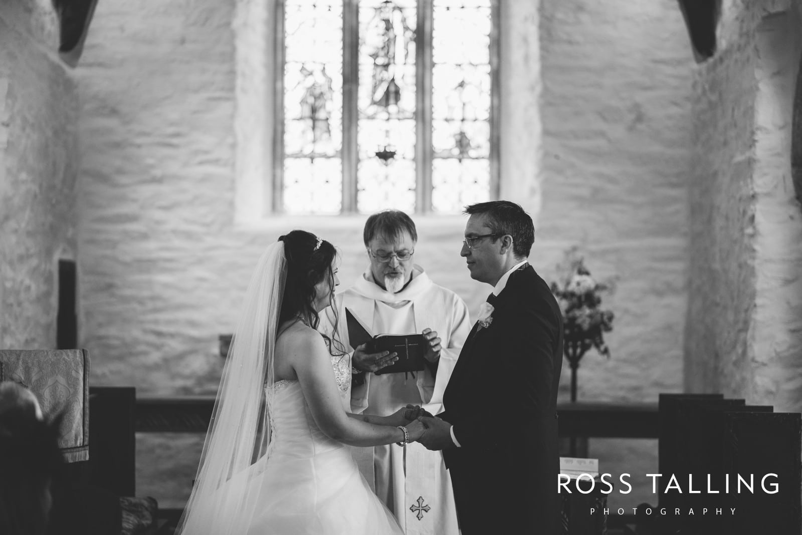 Wedding Photography Cornwall - Sharon & Byron_0023