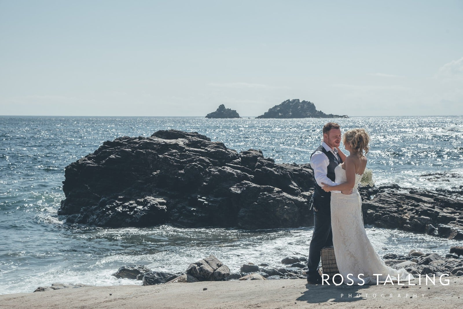 Boho Elopement Wedding Photography Cornwall - Stacey and Steve_0075