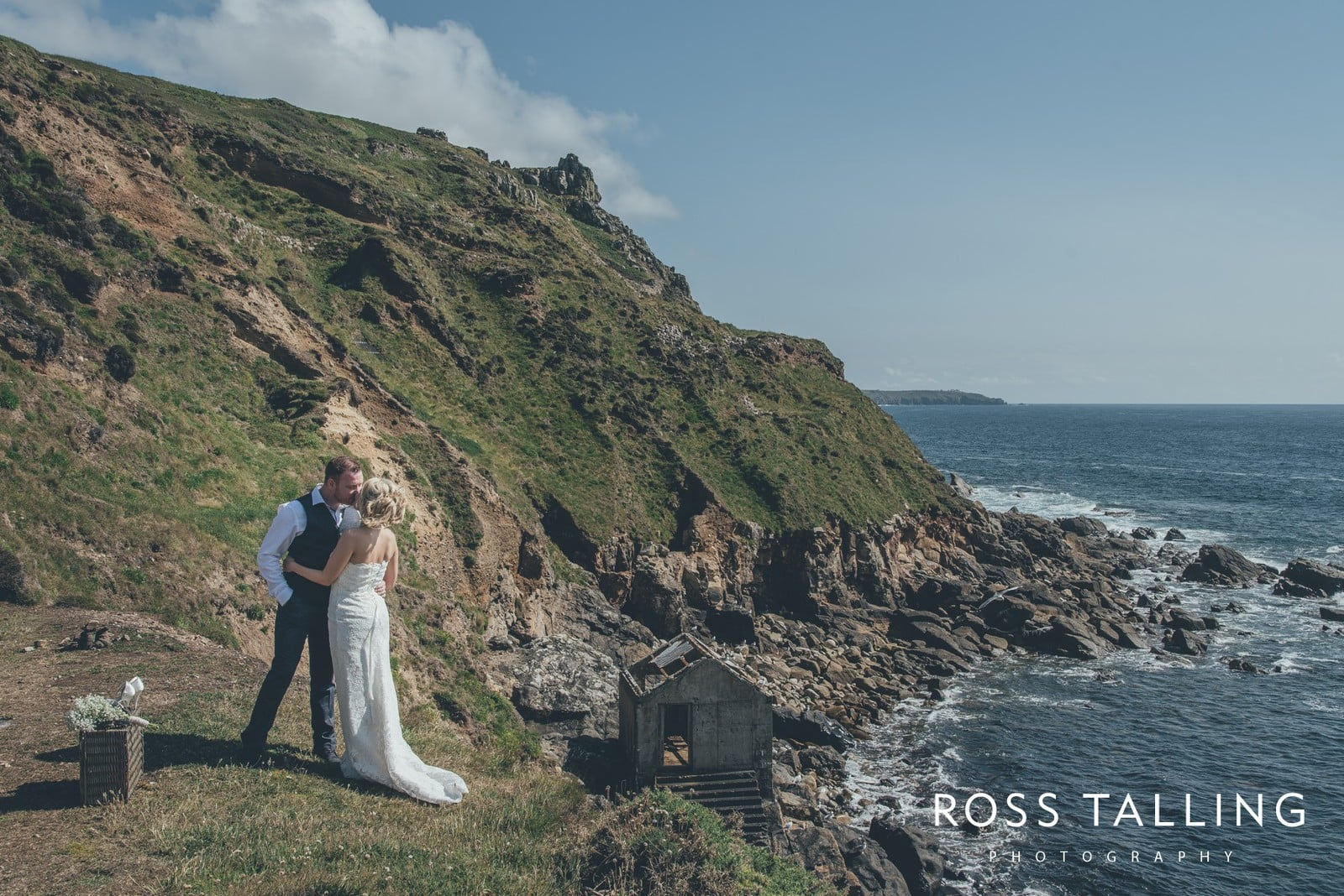 Boho Elopement Wedding Photography Cornwall - Stacey and Steve_0071