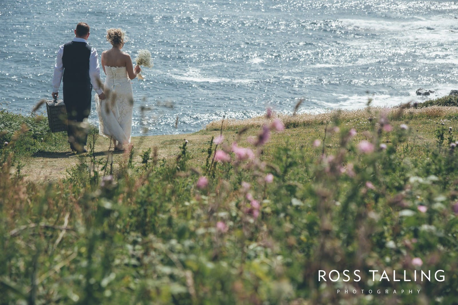 Boho Elopement Wedding Photography Cornwall - Stacey and Steve_0057