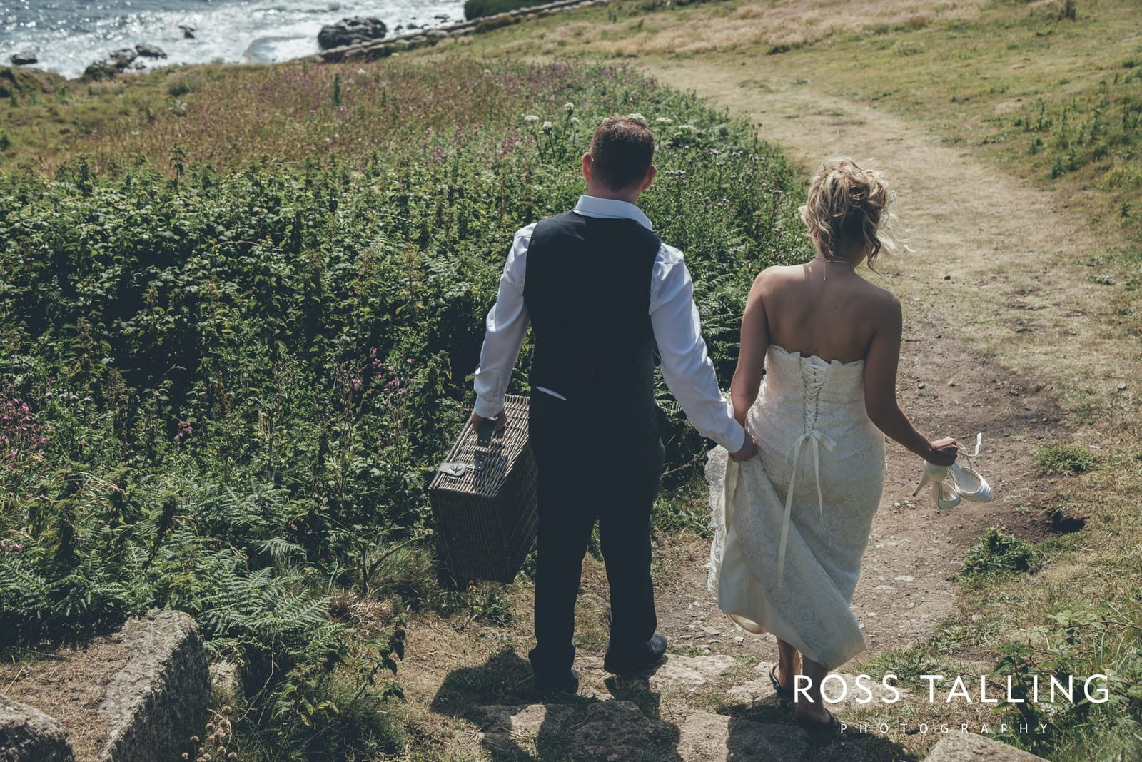 Boho Elopement Wedding Photography Cornwall - Stacey and Steve_0055