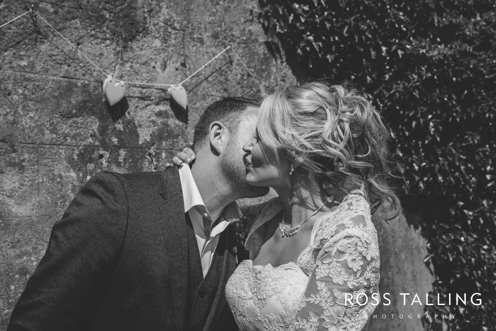 Boho Elopement Wedding Photography Cornwall - Stacey and Steve_0040