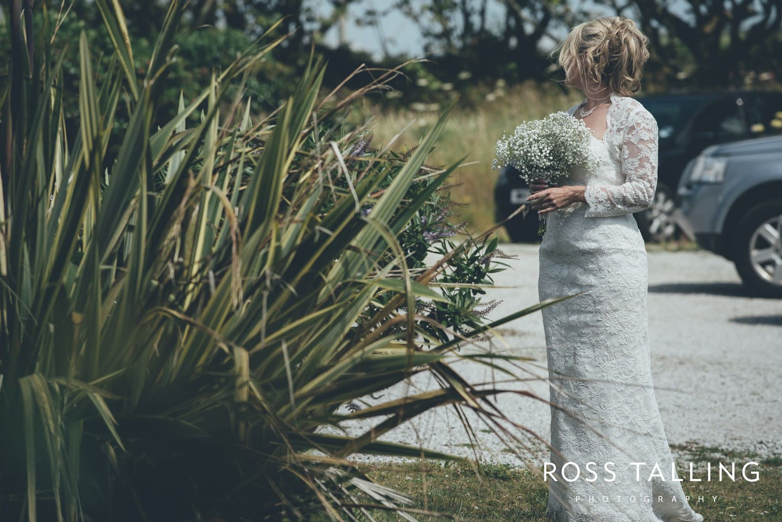 Boho Elopement Wedding Photography Cornwall - Stacey and Steve_0017