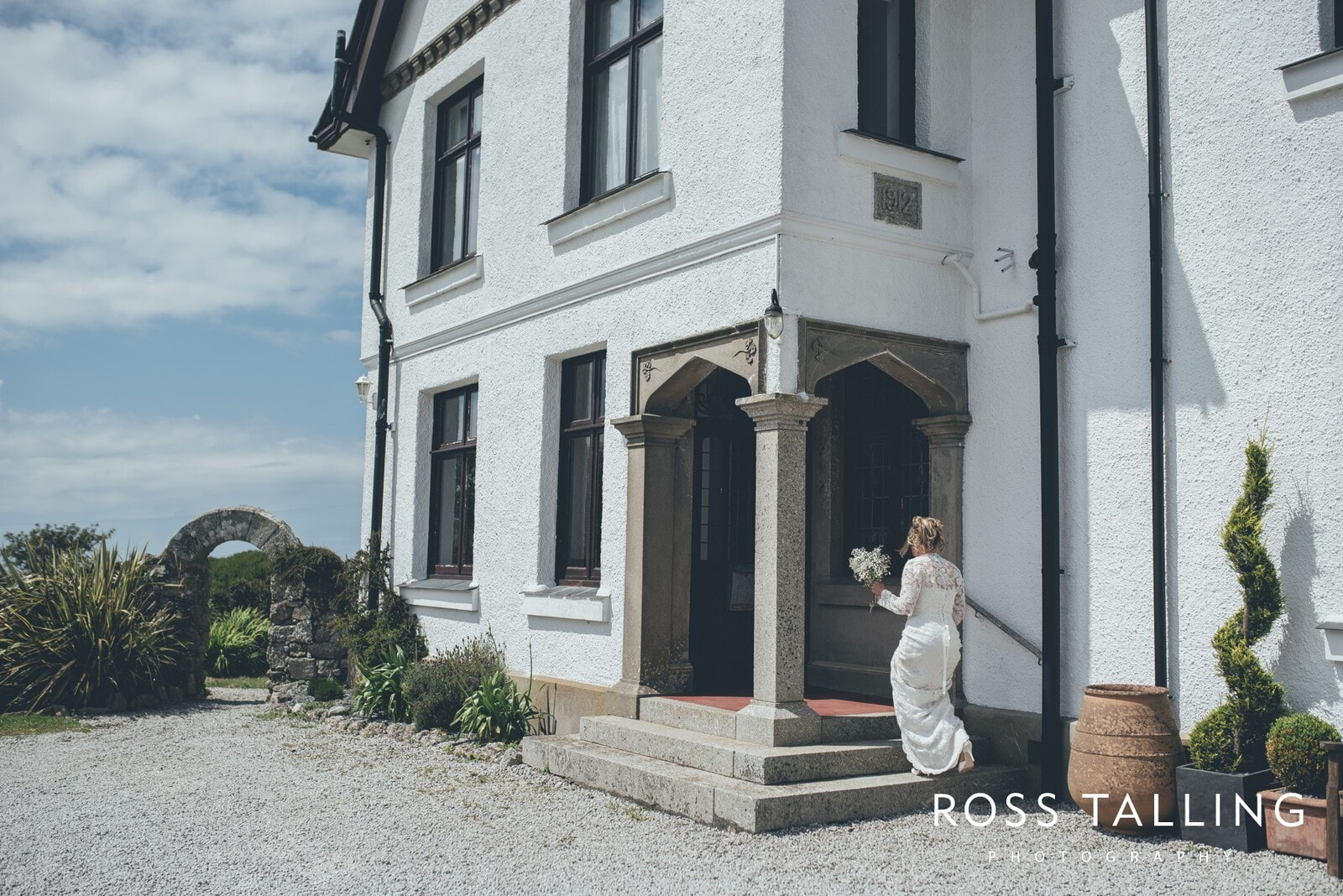 Boho Elopement Wedding Photography Cornwall - Stacey and Steve_0014
