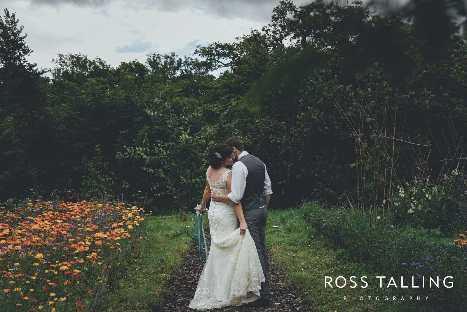 Nancarrow Farm Wedding Photography Jasmine & Ben_0098