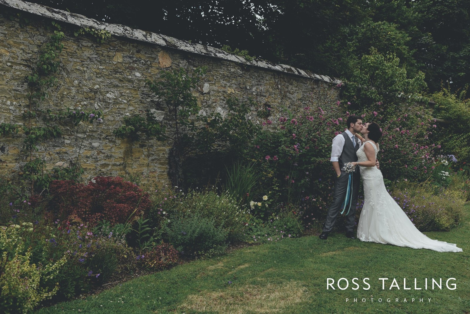 Nancarrow Farm Wedding Photography Jasmine & Ben_0094