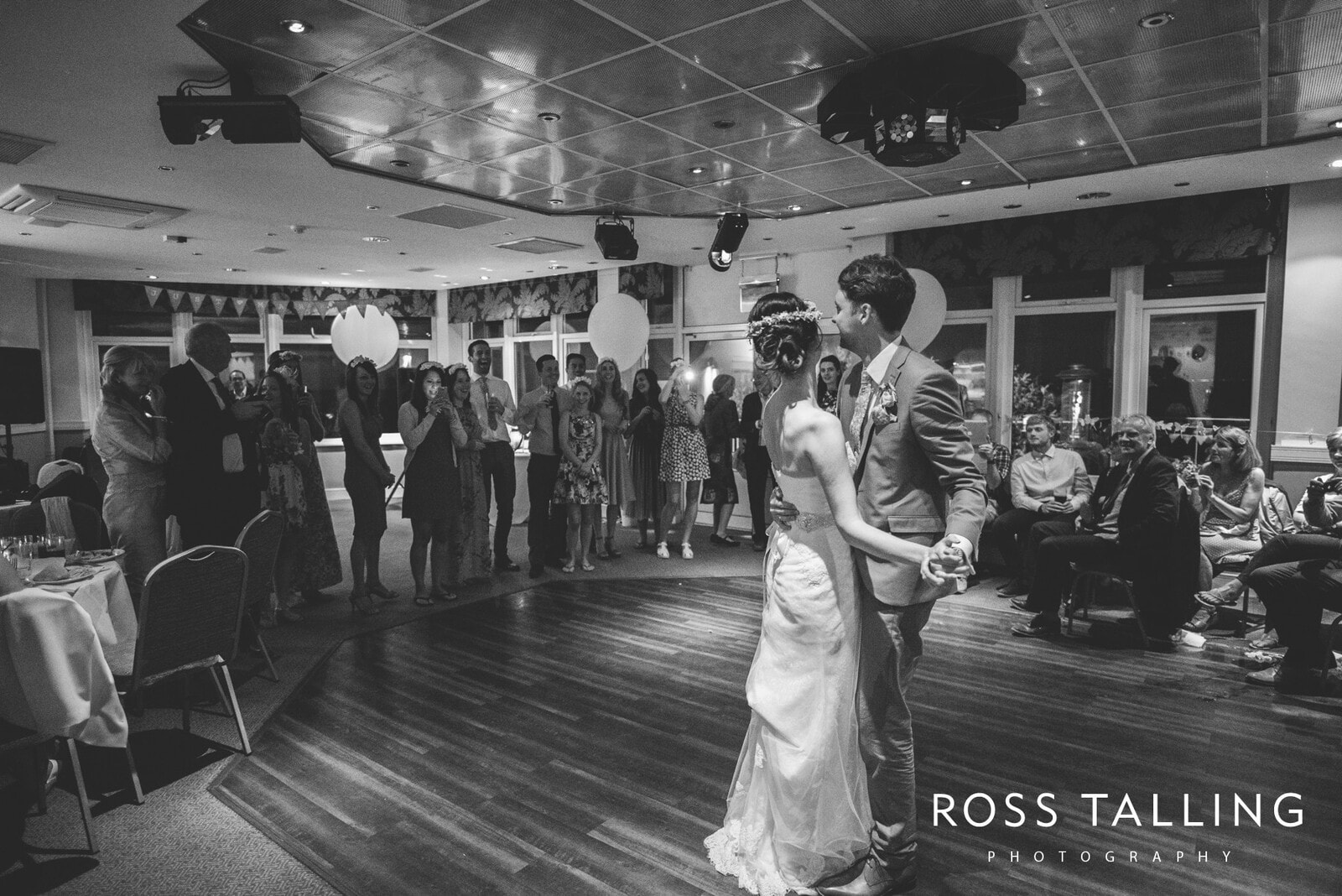 Alice & Al Wedding Photography Cornwall_0388