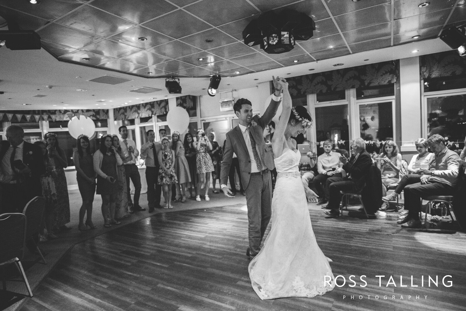 Alice & Al Wedding Photography Cornwall_0387