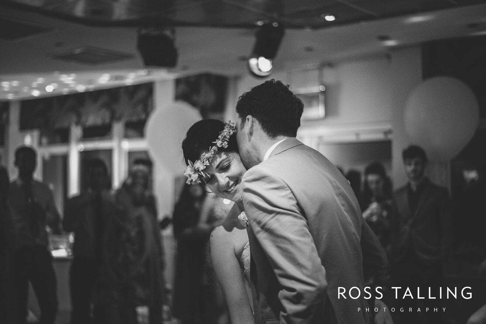 Alice & Al Wedding Photography Cornwall_0386