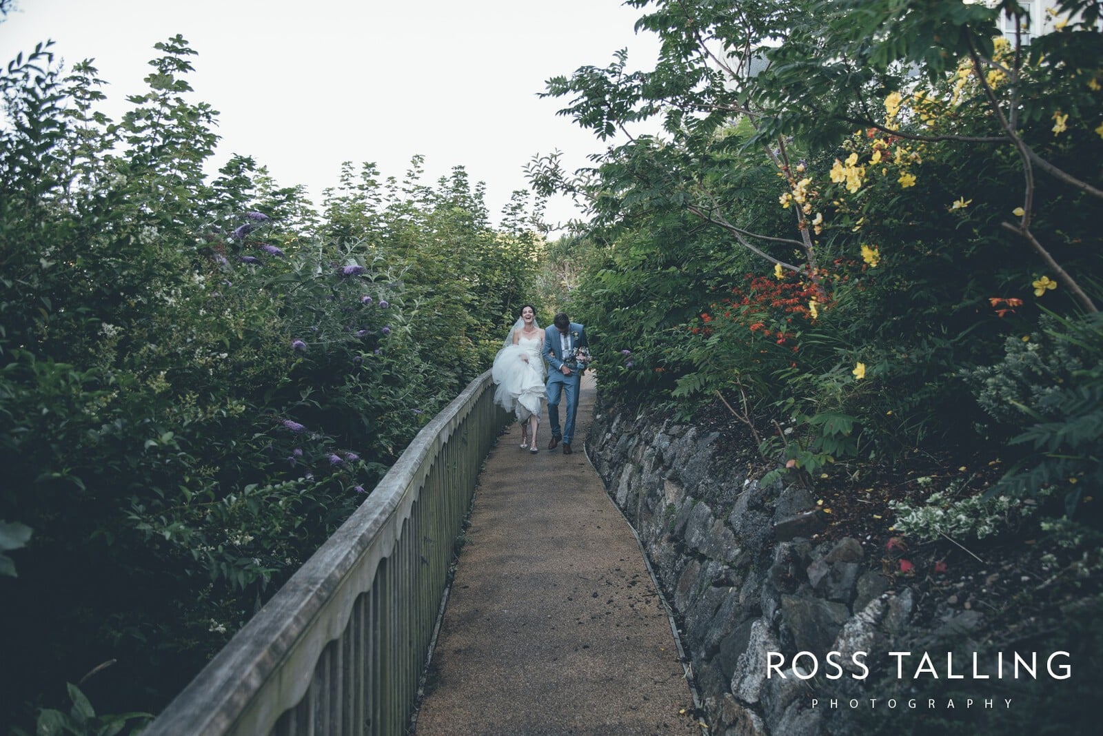 Alice & Al Wedding Photography Cornwall_0332