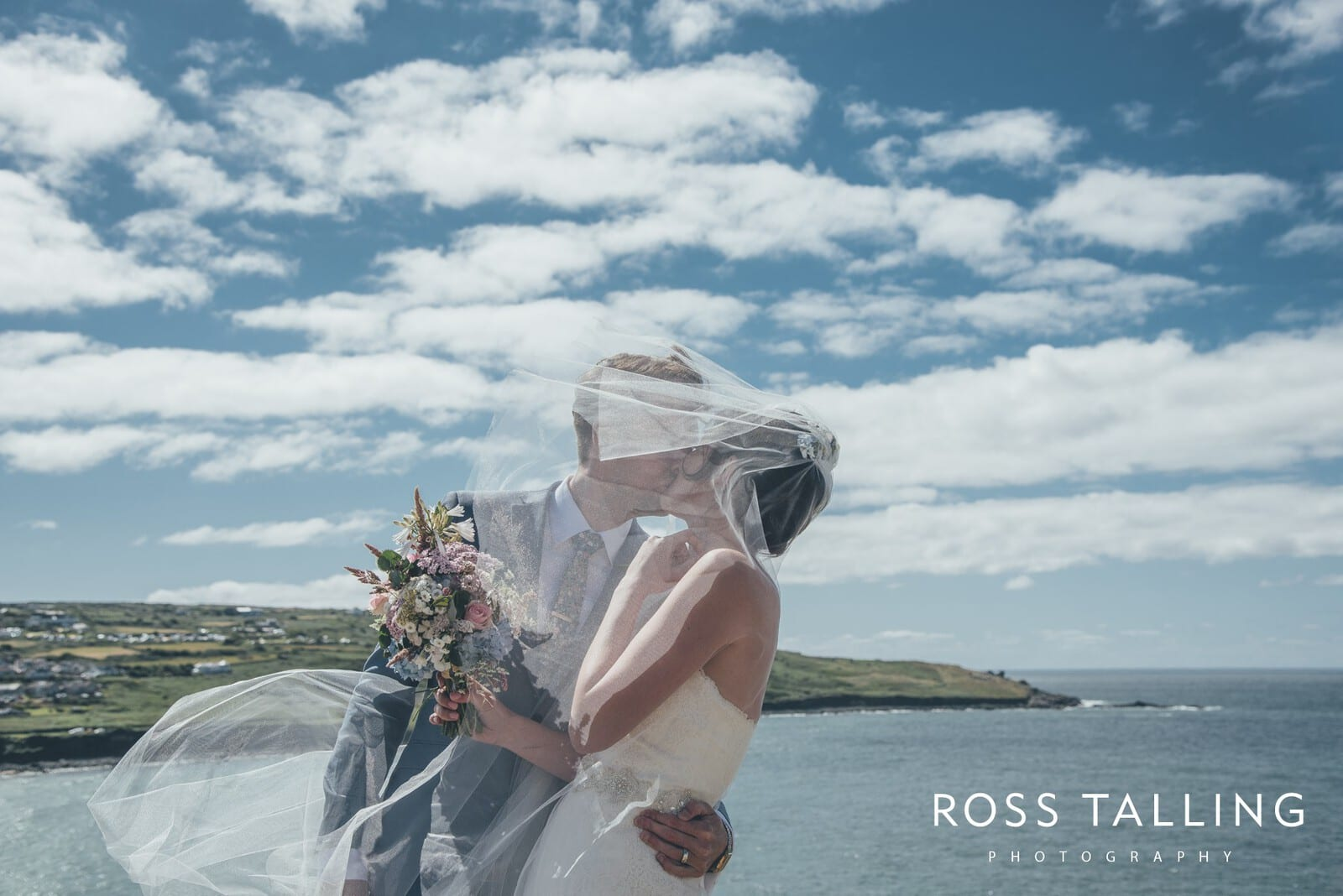 Carbis Bay Hotel Wedding Photography :: Charlotte and Sean