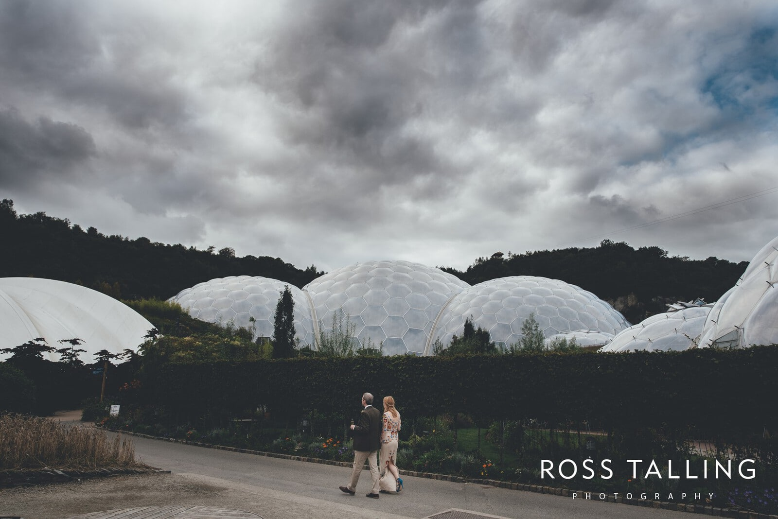 Eden Project Wedding Photography :: Sarah & Chris