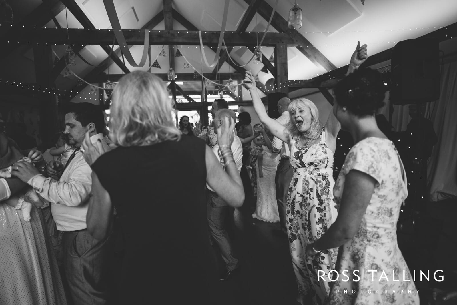 Nancarrow Farm Wedding Photography Cornwall - Laura & Danny_0138