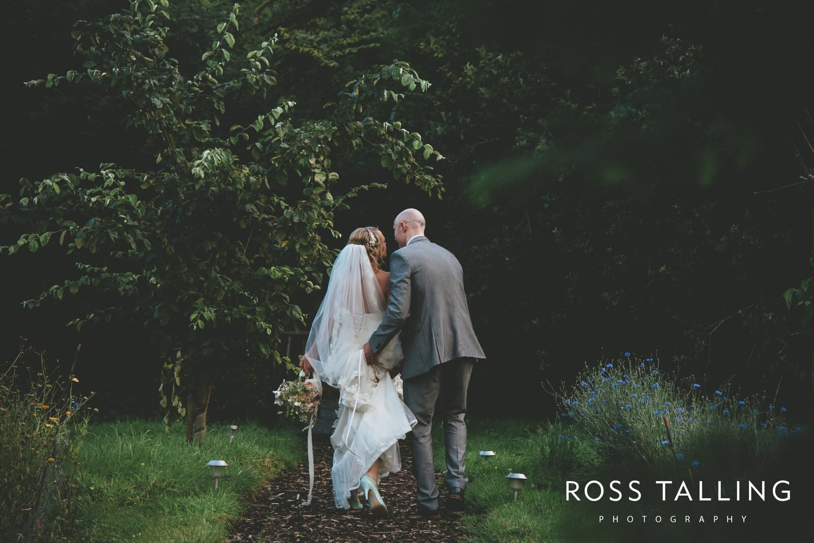 Nancarrow Farm Wedding Photography Cornwall - Laura & Danny_0128