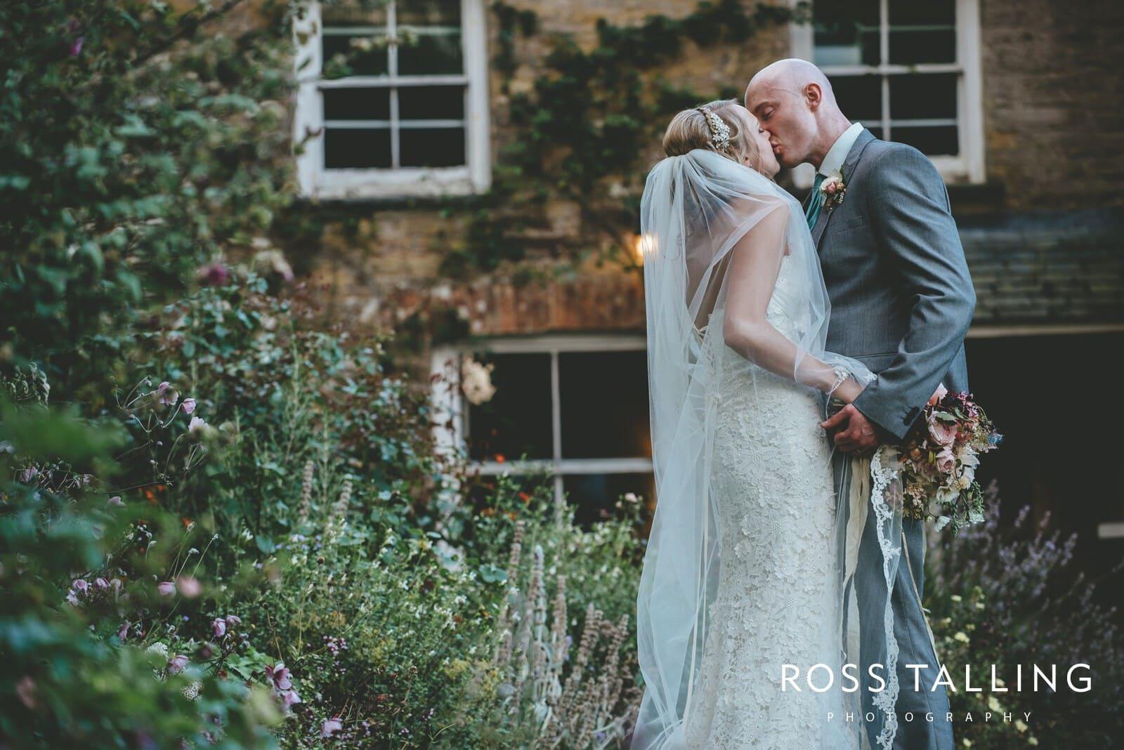 Nancarrow Farm Wedding Photography Cornwall - Laura & Danny_0123