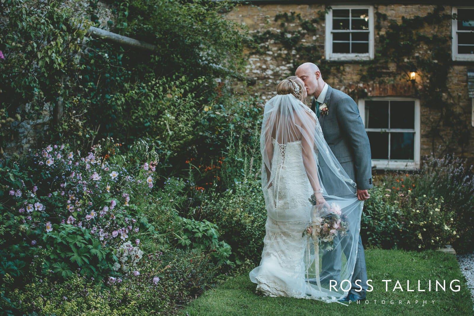 Nancarrow Farm Wedding Photography Cornwall - Laura & Danny_0122