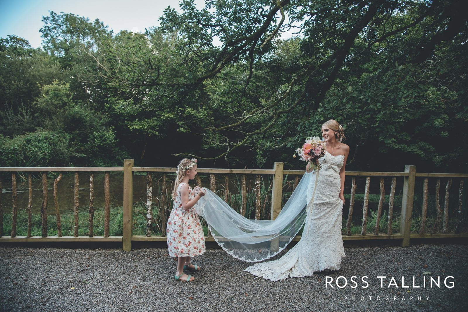 Nancarrow Farm Wedding Photography Cornwall - Laura & Danny_0110