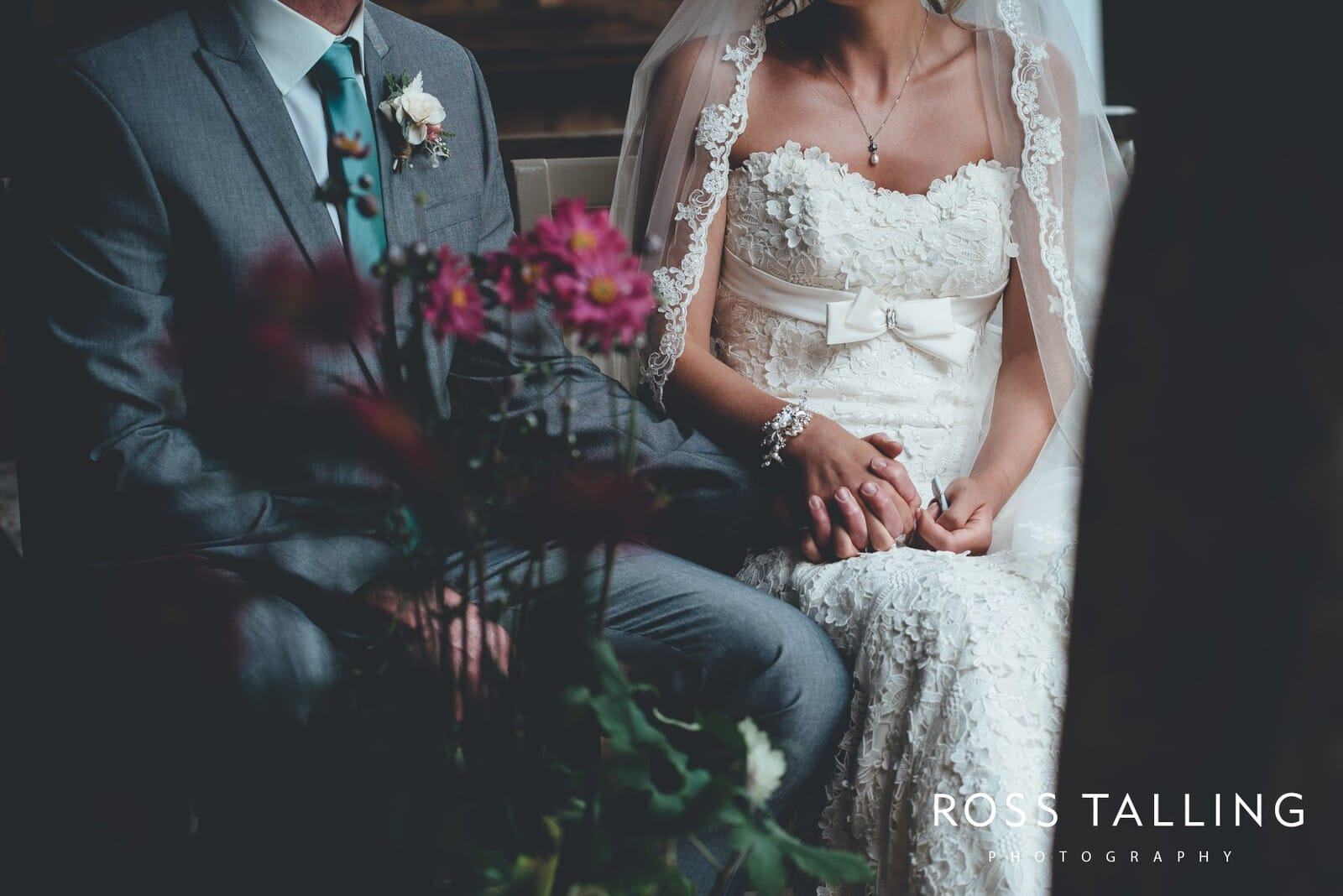 Nancarrow Farm Wedding Photography Cornwall - Laura & Danny_0056