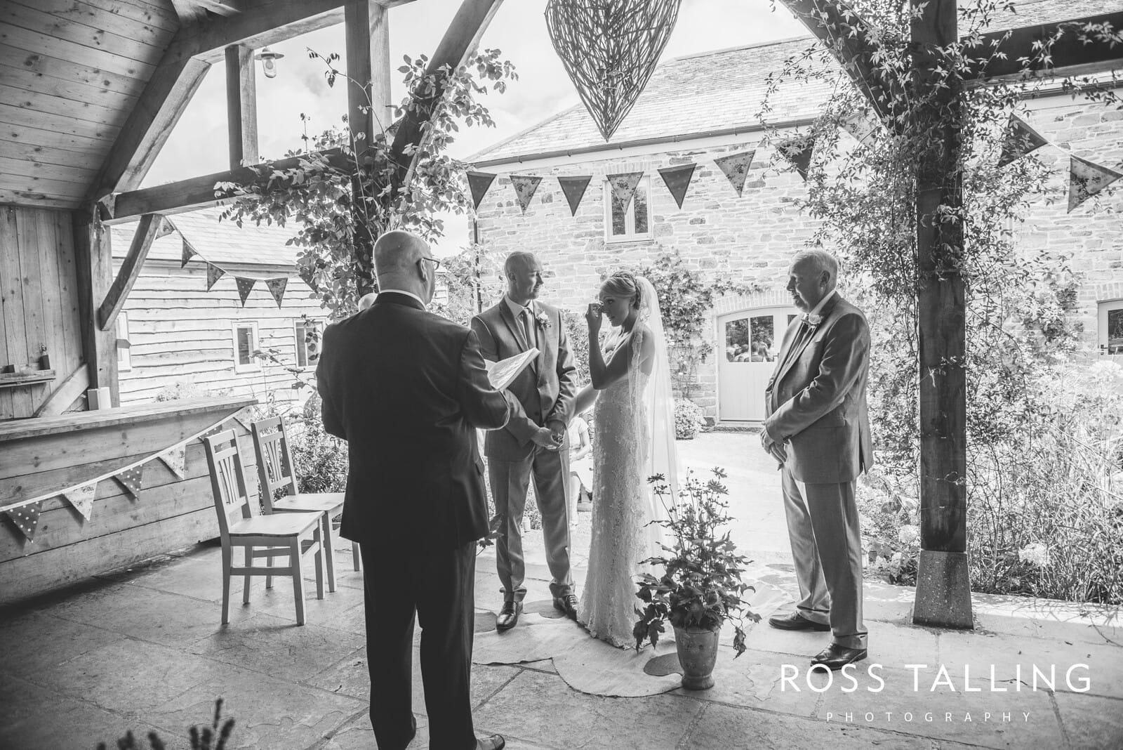 Nancarrow Farm Wedding Photography Cornwall - Laura & Danny_0055