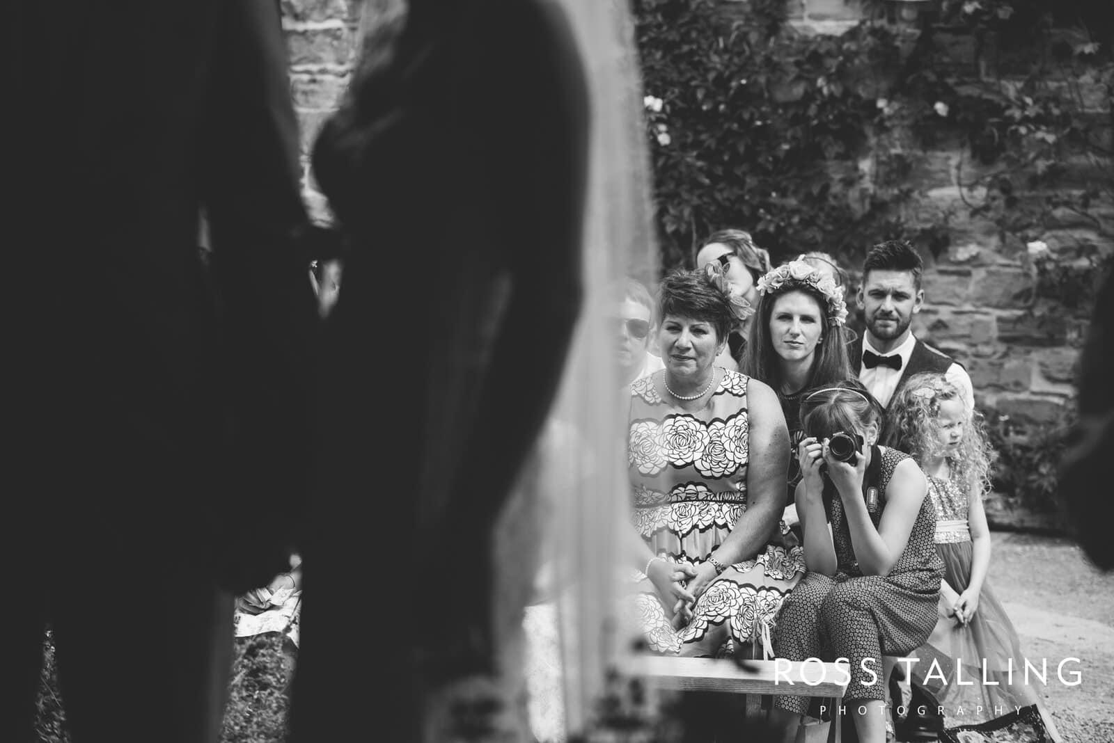 Nancarrow Farm Wedding Photography Cornwall - Laura & Danny_0051