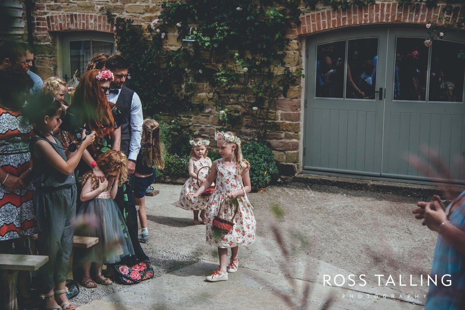 Nancarrow Farm Wedding Photography Cornwall - Laura & Danny_0046