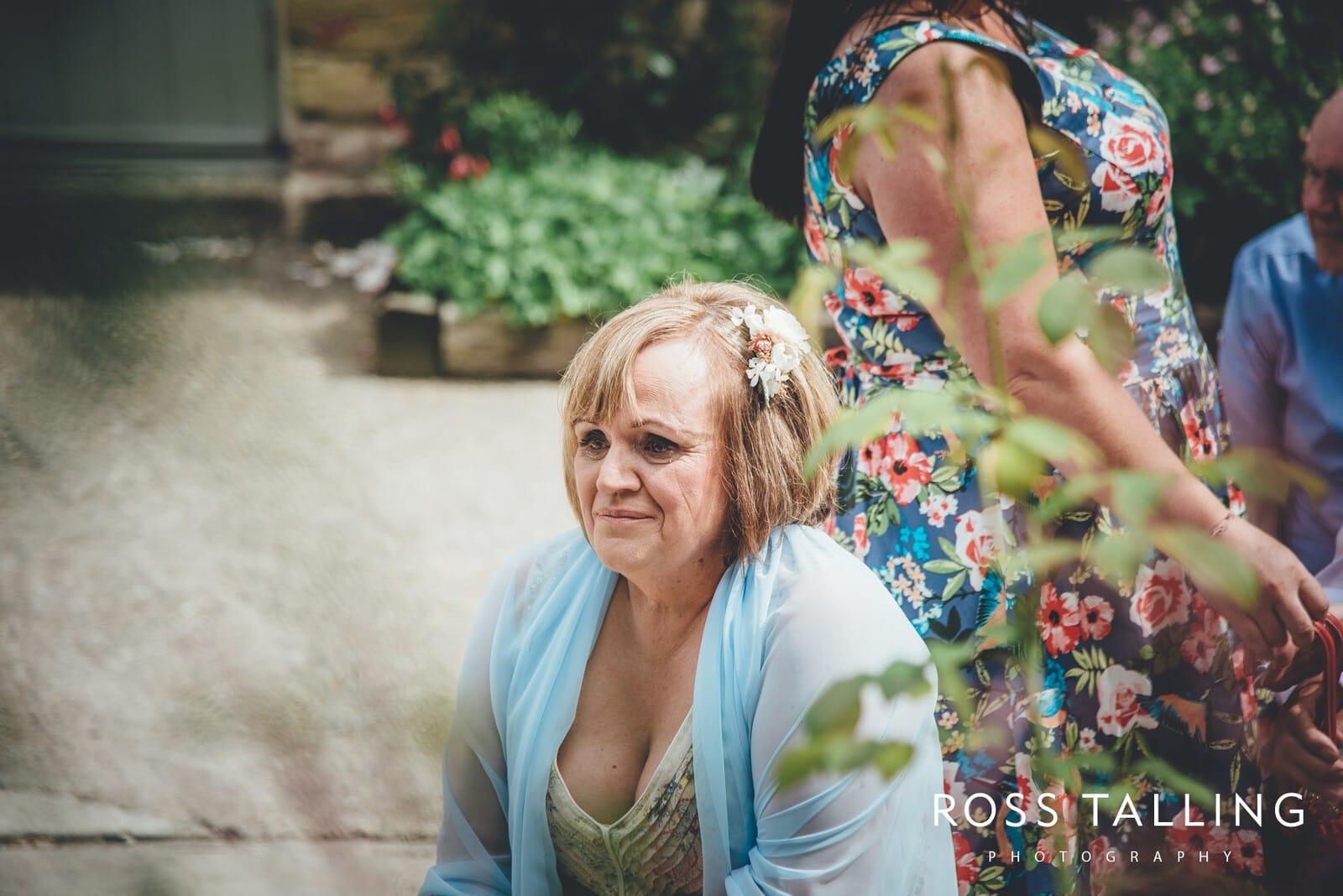 Nancarrow Farm Wedding Photography Cornwall - Laura & Danny_0045