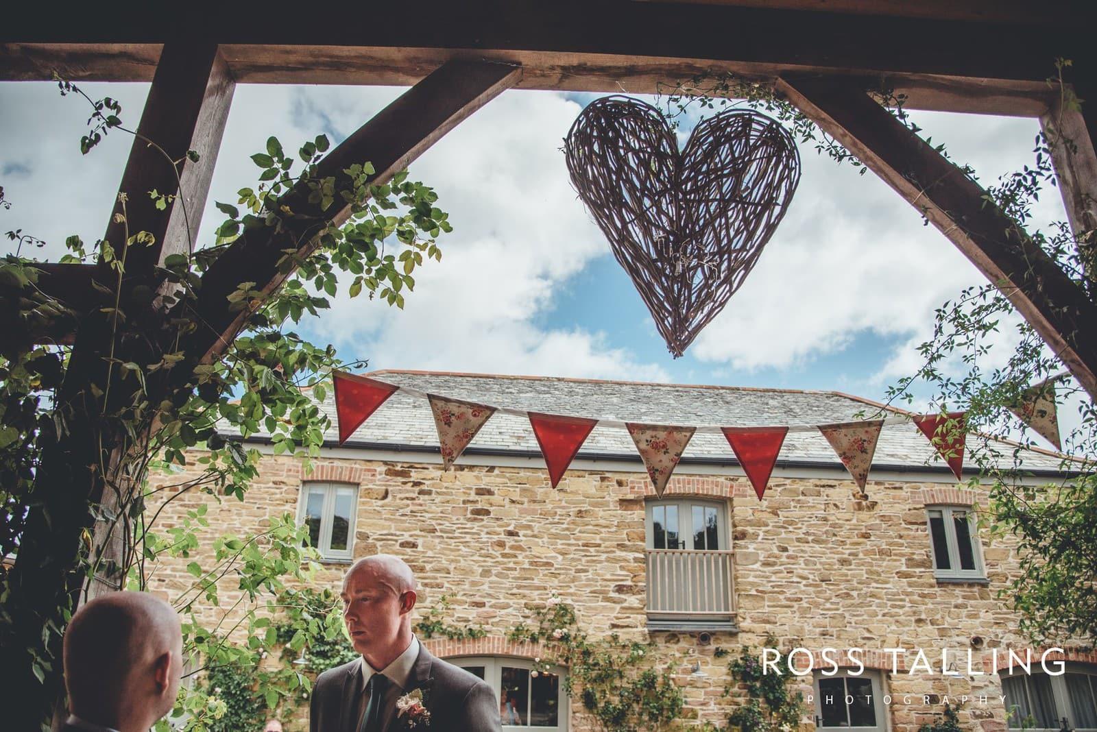 Nancarrow Farm Wedding Photography Cornwall - Laura & Danny_0042