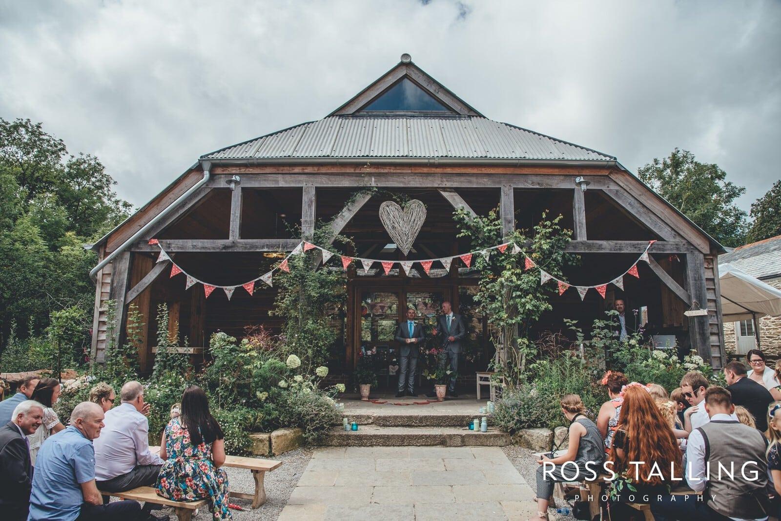 Nancarrow Farm Wedding Photography Cornwall - Laura & Danny_0039