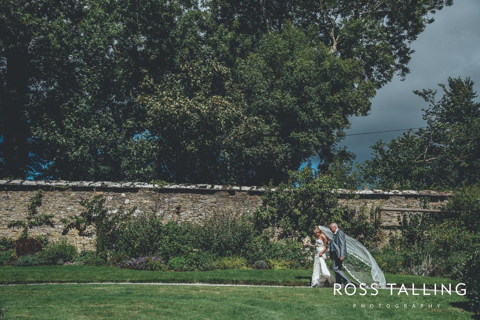 Nancarrow Farm Wedding Photography Cornwall - Laura & Danny_0038