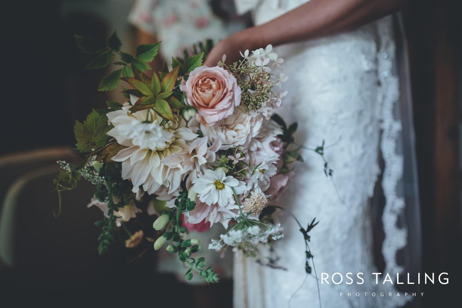 Nancarrow Farm Wedding Photography Cornwall - Laura & Danny_0035