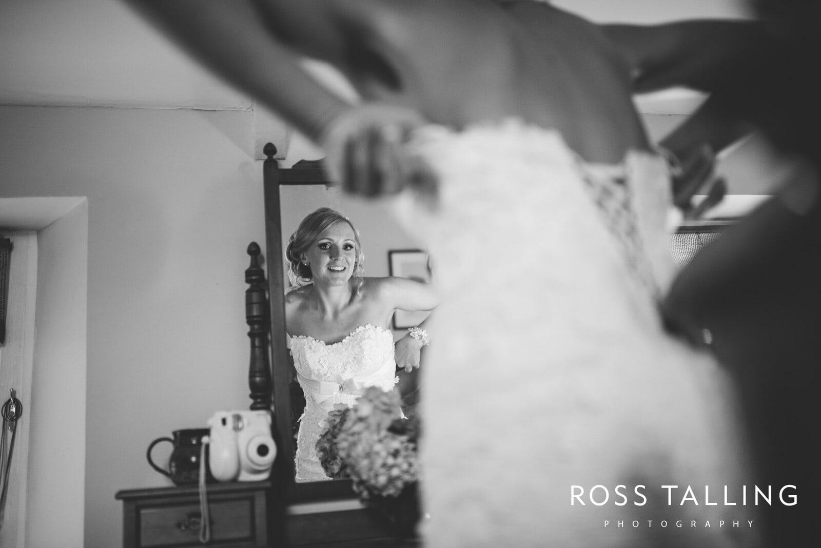 Nancarrow Farm Wedding Photography Cornwall - Laura & Danny_0026