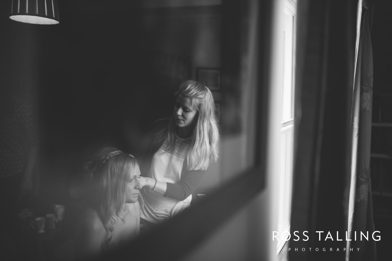 Nancarrow Farm Wedding Photography Cornwall - Laura & Danny_0020