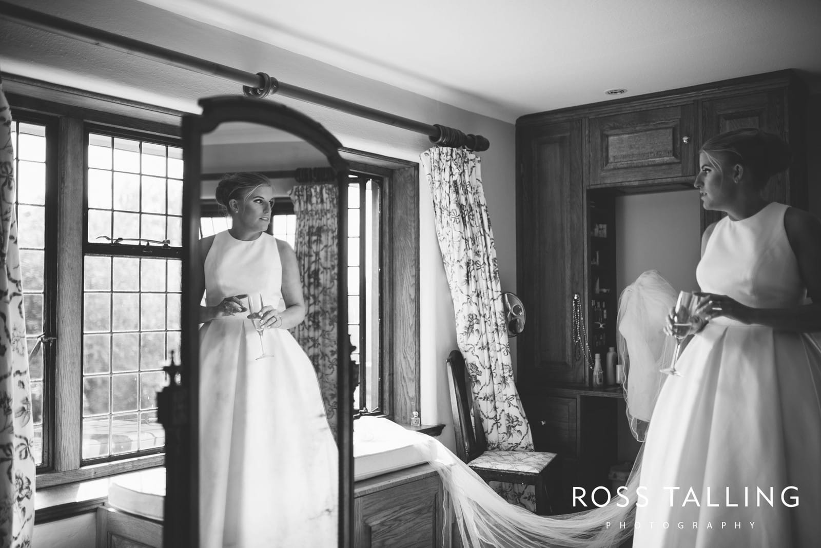 Sussex Wedding Photography by Ross Talling_0020