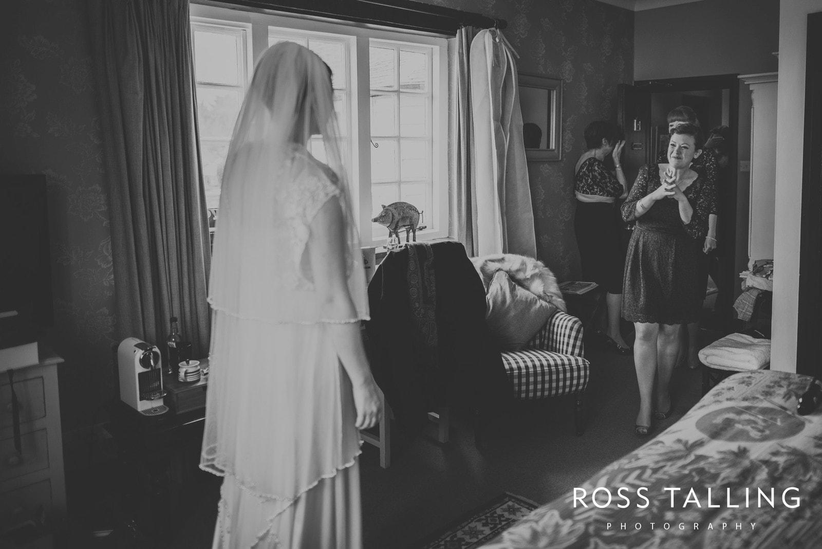 Louise & Matt UK Wedding Photography_0022