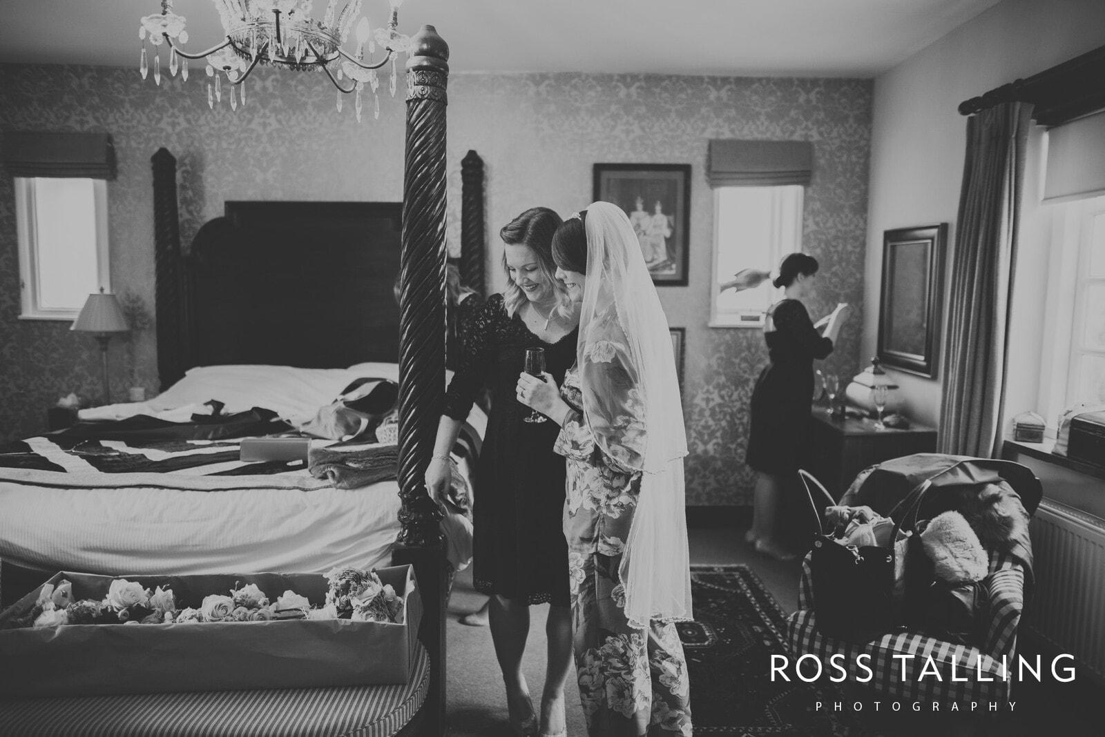 Louise & Matt UK Wedding Photography_0013