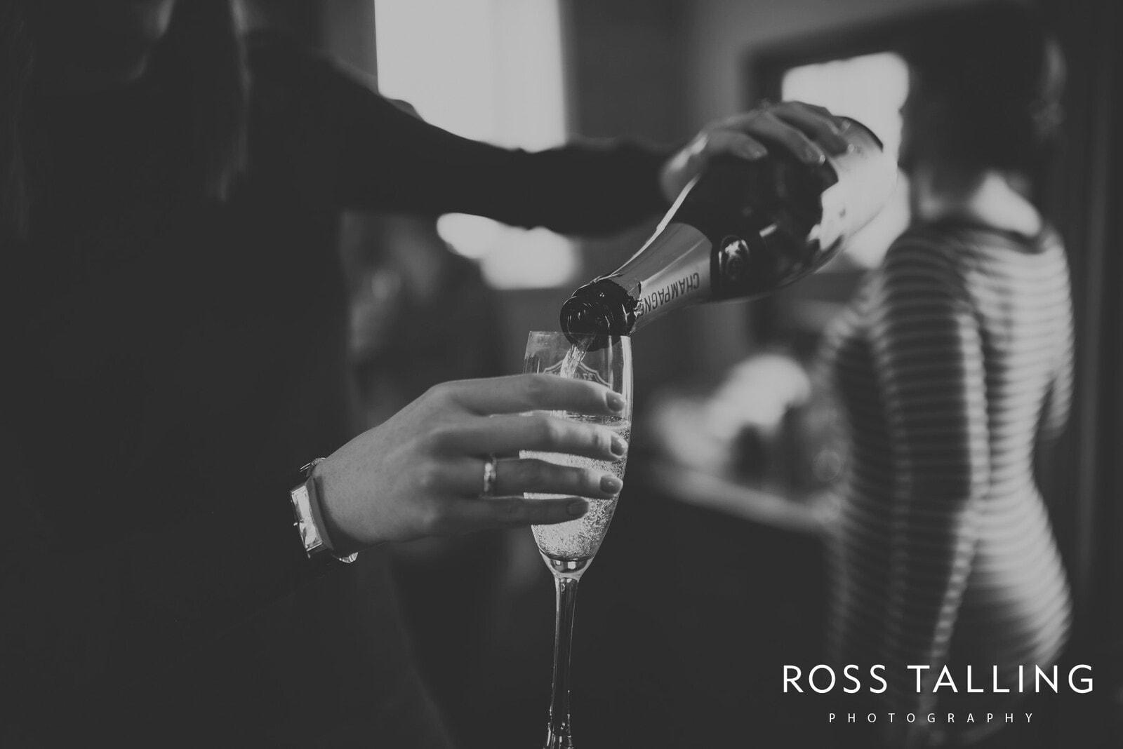 Louise & Matt UK Wedding Photography_0005
