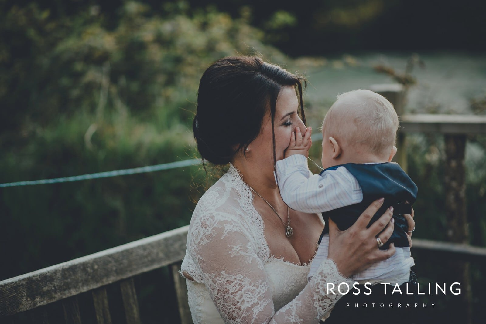 Claire & Rich's Wedding Photography Cornwall_0135