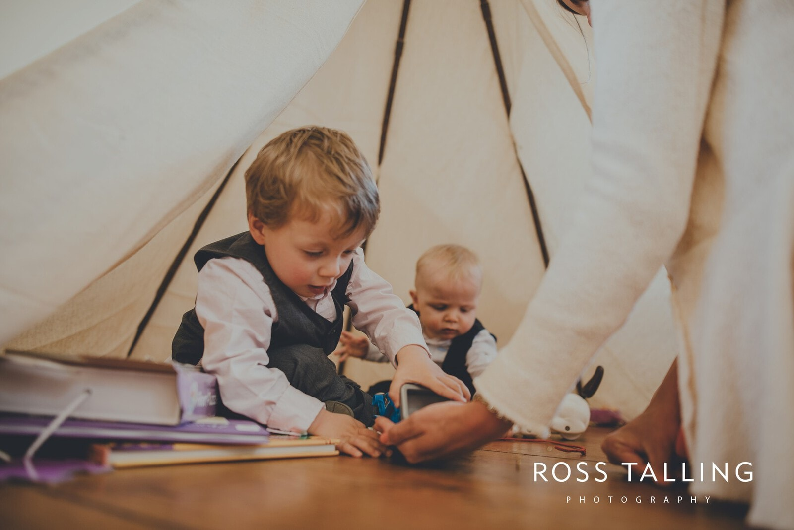 Claire & Rich's Wedding Photography Cornwall_0094